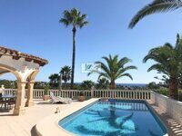 Villa with sea views in Calpe.