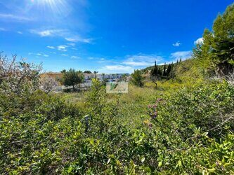 1,186m2 plot just 1.8km from the beach, in Calpe