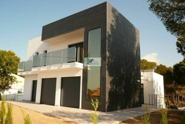 Newly built villa with sea view and Peñon de Ifacha in Calpe.