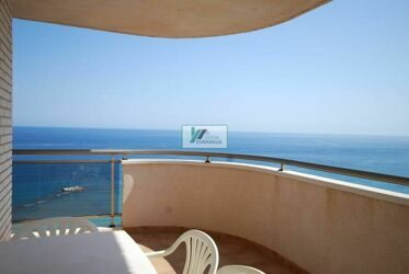 Apartment with sea views, near the beach in Calpe.