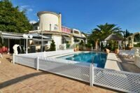 Villa with apartments for guests in Calpe.