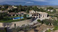 Beautiful rustic style villa with large plot in Benissa.