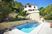 Beautiful reformed villa with sea views in Calpe