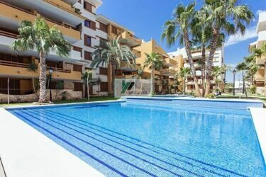 Penthouse with panoramic views in the complex La Recoleta, Punta prima, Torrevieja.