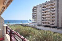 Apartment with sea views one step to La Fossa beach in Calpe