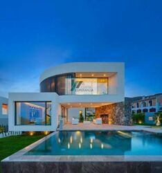 Modern style villa for sale in a beautiful area, near to Benidorm, called Finestrat.
