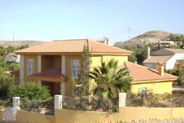 House in Santa Phase , in 8km from the center of Alicante