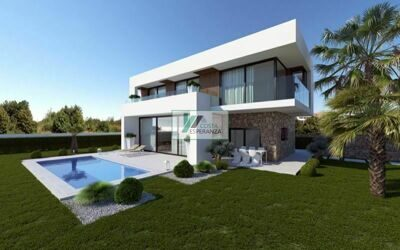 New construction. Villa with sea views and  to Benidorm