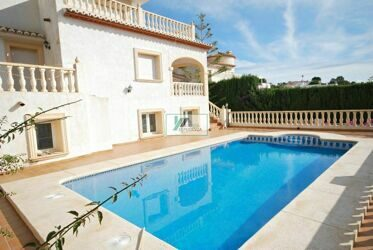 Villa with mountain views - 3 minutes from the town center of Calpe