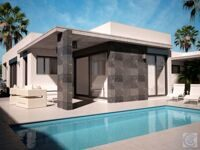 Separate house , new construction,near the beach in Denia.