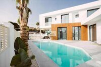 Villa 900 m from the Arenal beach in Calpe.