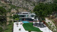 Villa with panoramic views of the sea and the Costa Blanca in Altea.