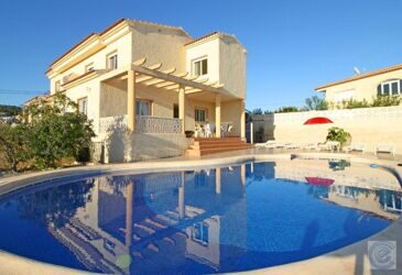 House with guest apartment in Calpe.