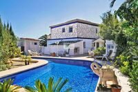 Villa with sea views just 400 m from the beach in Calpe