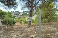 Plot on the coast of Benissa-Moraira is located 300 meters from the sea. Area of the plot is 1050 m2.