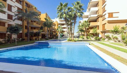La Recoleta is a modern and one of the nearby to the sea from all the apartment complexes in Punta Prima Beach Resort.