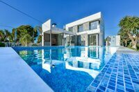 Villa with views of the sea and the coast just 400 m from the beach in Calpe. Newly built villa
