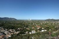 Plot with panoramic views of the valley and the sea in Pedreguer.