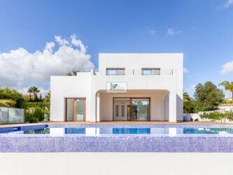 New built villa for sale in modern style in Calpe. It is located on just 1.5 km from the beach